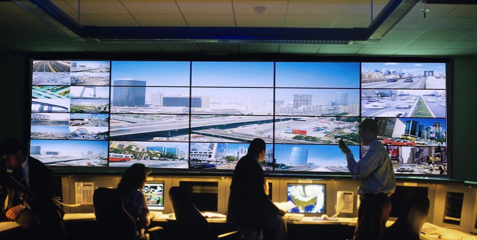 Hệ thống màn hình video wall theo dõi sự kiện quảng cáo