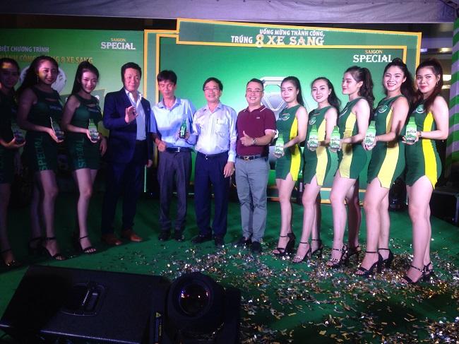 Hoang Tran Dong Hanh cung su kien Sai Gon Special